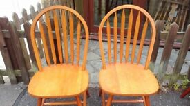 2 dining chairs, solid teak, Windsor style