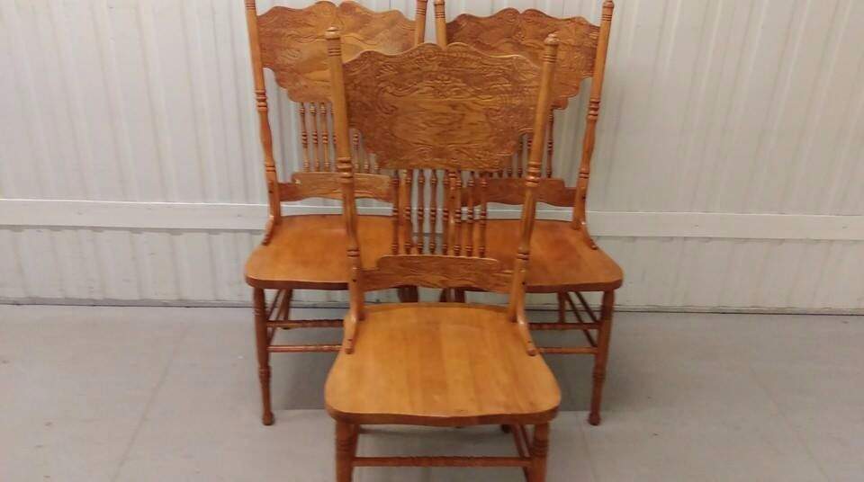 3 Dining Chairs Solid Oak Carved Back Sturdy No Carver