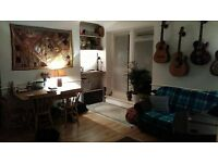 Spacious Double Room in Lovely Flat Share on Brunswick Road, Hove