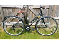 Reflex Rambler Hybrid Bike
