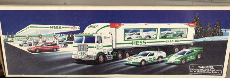 Hess Toy Truck and Tractor-Brand new and in box unopened❤️❤️❤️