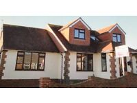 Lovely room in Detached House share with working professionals located in Woodingdean.