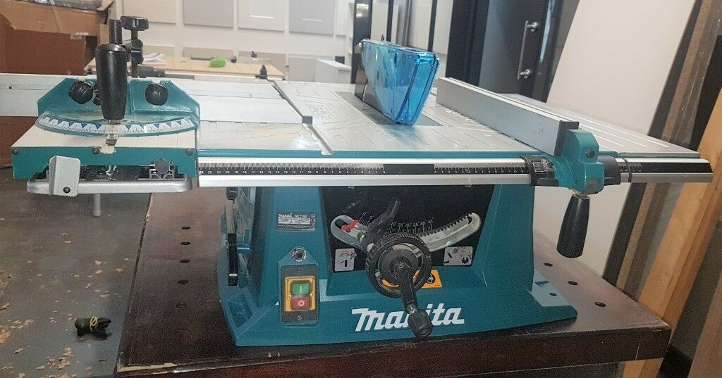 Makita Mlt100 260mm 240volt Table Rip Saw Nearly New Spare Blades