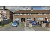Lovely four bedroom house available in Childs Hill, HB and DSS accepted.