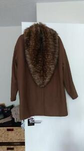 Attitude Jacket with faux fur collar