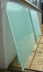 4 TOUGHENED GLASS BALCONY PANELS AND CLIPS