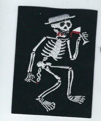 SOCIAL DISTORTION SKELETON DRINKING EMBROIDERED PATCH !