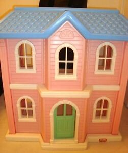 adorable large doll house / bookshelving ( part of set for sale)
