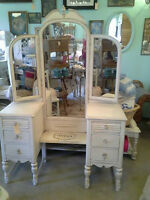 WANTED: Victorian Style Vanity,Dresser,Armoire,China Cabinet