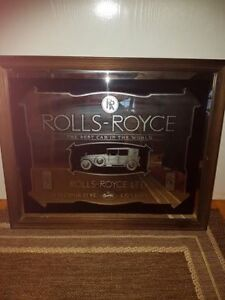 Mirrored Rolls Royce Picture