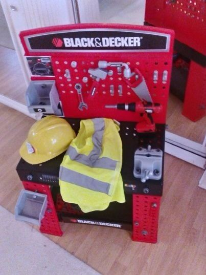 black and decker tool desk