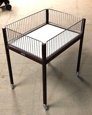 10x Postentisch Wanzl 80x60cm Wanzl Wühltische m. neuen Rollen gebraucht rollbar