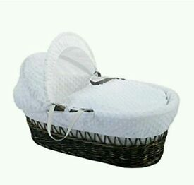 Kinder valley white Dimple with Dark Wicker moses basket. With free rocking stand. Brand new
