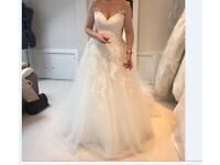 Pronovias Penelope Wedding Dress