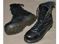 BOOTS FOR WEE MEN WITH BIG FEET! Dr. Martens, size10, RARE: 10-hole, EXTRA THICK SOLES