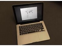 """Apple MacBook Pro 13"""" Core 2 Duo 2.26 GHz 2GB 160GB Late 2009 Good Condition"""