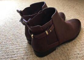 Ladies Kurt Geiger ankle boots