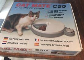 Pet feeder cat mate c50