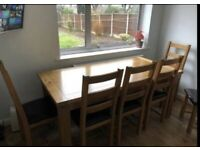 Real oak table and 6 chaurs