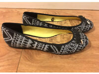 Black and white Aztec patterned Ballerina Pumps