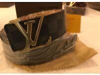 Louis Vuitton belt b