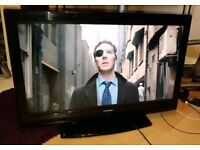 """Toshiba 37"""" LCD TV with Freeview"""