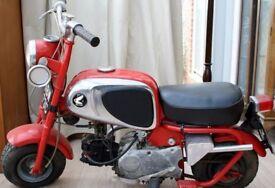 Classic Honda CZ100 Monkey Bike - Original 1965