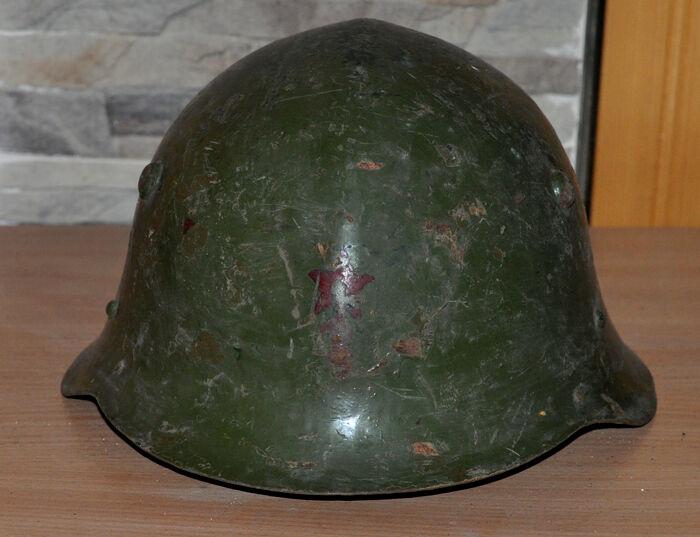 WWII GERMAN ALLY BULGARIAN TYPE STEEL COMBAT MILITARY HELMET M36 RED STAR