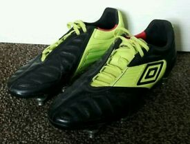 Umbro Geometra SG Football Boots size 6.5