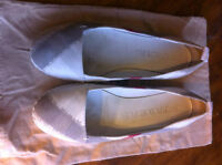Burberry shoes size 9