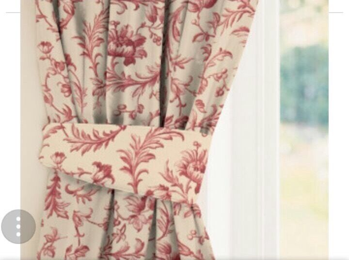 Laura Ashley Pink Flower Curtains In Hull East Yorkshire Gumtree