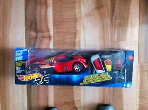 (NEW)  Hot Wheels Nitro Charger R/C
