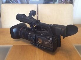 Canon XF300 Professional Broadcast Camera Canon XF 300.