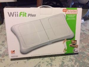 Wii Fit Plus Package