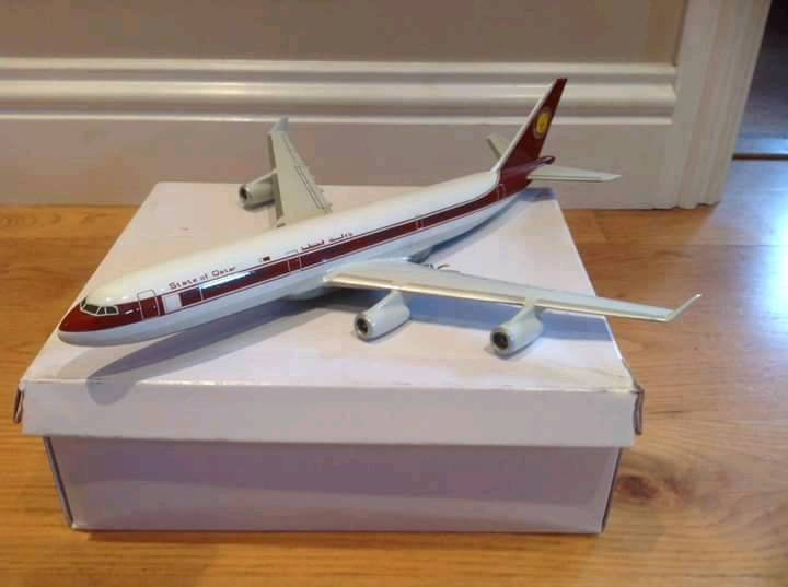 Qatar Airbus A340 model aircraft