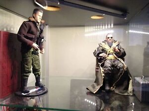 Side shows and hot toys 1:6
