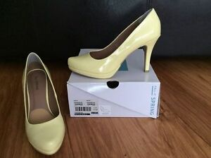 spring swaggart pastel yellow heels - size 8