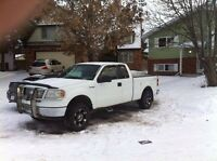 2006 ford f150 5.4 4x4 need tranny 1100$ OBO or TRADES