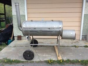 New Custom Made Stainless Steele Barbeque Smoker