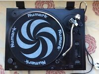 Numark Turntable
