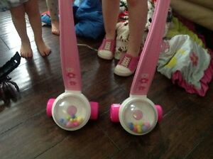 Fisher price corn poppers