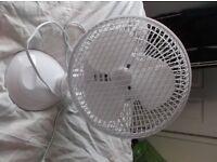 "9"" Desk Fan, light use, rotates"