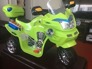 New Electric battery powered 3 wheeler bike for age (2-8)