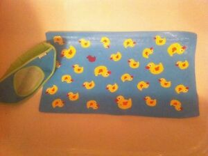 bath mat and corner toy organizer