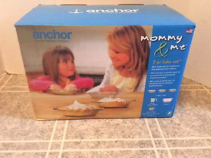 Anchor Mommy and Me 7 Piece Bake Set BNIB
