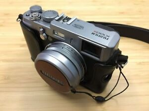 For Sale: Fujifilm X100S with leather case & neck strap