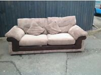 MODERN CLEAN SOFA ** FREE DELIVERY IS AVAILABLE TONIGHT **