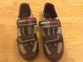 Rockrider Cycling shoes size 39 Brand new
