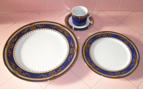 Reproduction 1912 RMS Titanic 1st Class Dinnerware Plates Cup Wood Woodmere 4pcs