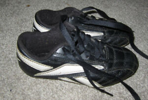 fa7db17a4669 Toddler Soccer Cleats | Kijiji in Ontario. - Buy, Sell & Save with ...
